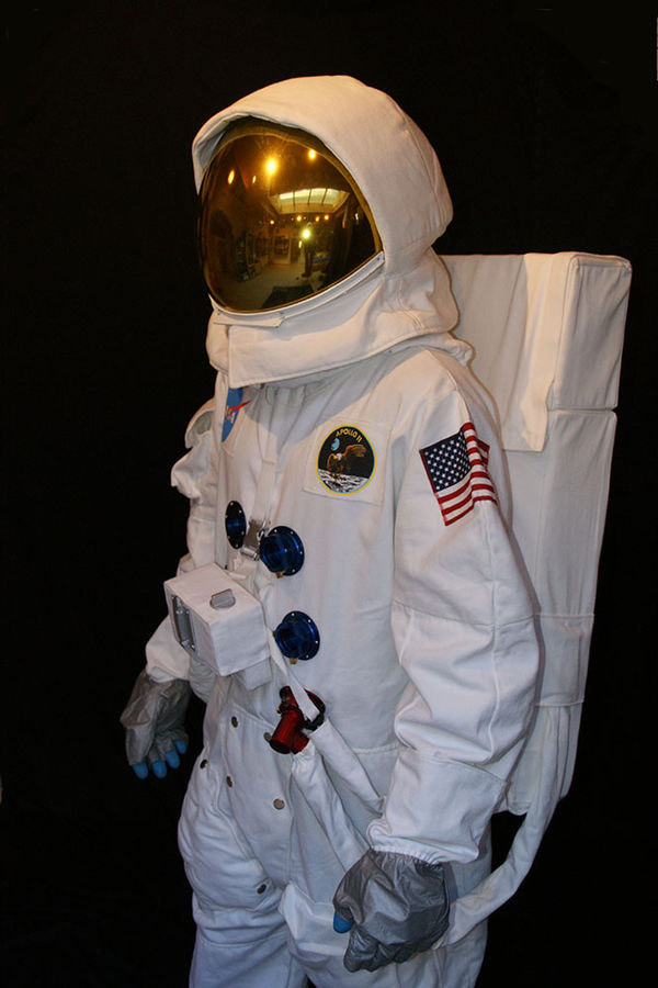 Space suit model Apollo #3 with backpack