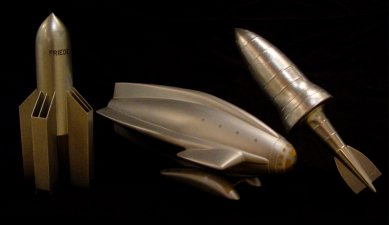 "Three models of the 20's/ 30's on the same scale: Oberth spaceship ""Friede"", spaceship 1 (A. Kutter), Valier spaceship type 4e"